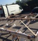 Beim verladen der Terrassendach Konstruktion in Güglingen
