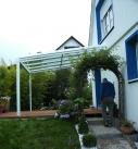 Bei der Abnahme der Terrassenüberdachung in Walheim