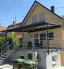 Bei der Abnahme der Überdachung in Weinsberg
